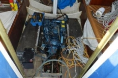 S-S-34-Shenandoah-11-Fully-recond-diesel-engine-being-installed