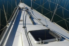 S-S-34-Shenandoah-11-Fwd-hatch-foredeck-with-adjustable-inner-forestay