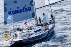 komatsu-azzurro-during-the-2016-gold-coast-race-low-res_credit-andrea-francolini